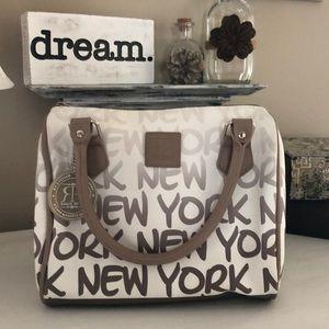 "Robin Ruth ""New York@ Ombre nah"